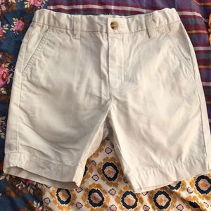 Vineyard Vines size 6 breaker shorts- EUC